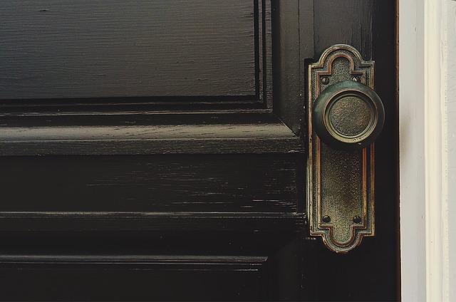 okleina drewnopodobna do drzwi