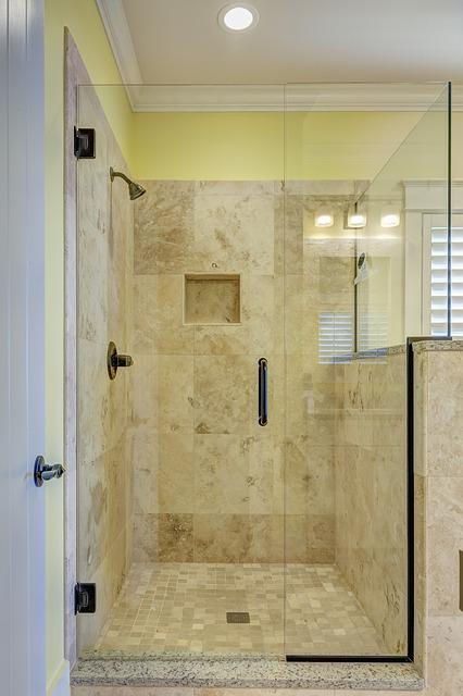 kabiny prysznicowe z hydromasażem